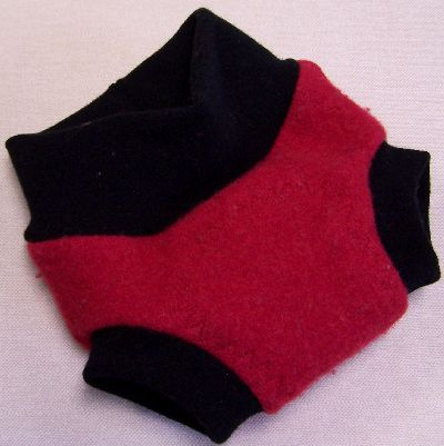 Cherry/Black Hybrid Soaker, sz S-