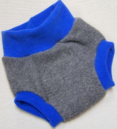 Charcoal/Brilliant Blue Hybrid Soaker, sz L-